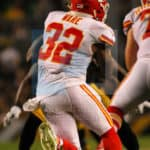 Kansas City Chiefs running back Spencer Ware (32) makes a cut running with the football during the game.