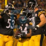 Pittsburgh Steelers center Maurkice Pouncey (53), Pittsburgh Steelers tight end Jesse James (81) congratulate Pittsburgh Steelers running back DeAngelo Williams (34) on this touchdown during the second half.